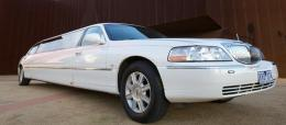 10 pass White Lincoln Limousine, limos Melbourne