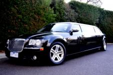 Chrysler 300c stretch Limousine 6 plus 1 passenger,
