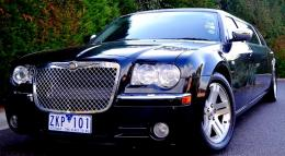 Chrysler 300c 6 Plus 1 Passenger,